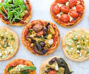 Mini pizzas - box of 6 thumbnail