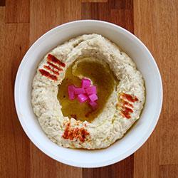 Hummus and bread - serves 6 to 8   thumbnail