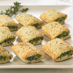 Mini spinach and ricotta rolls - Patties thumbnail