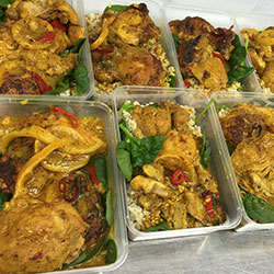 Thai Chicken curry with brown and black rice - 500 ml individual box thumbnail