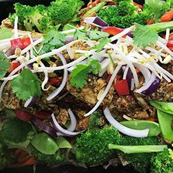 Thai chicken kelp noodle salad thumbnail