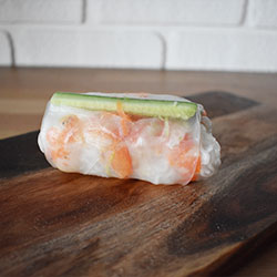 Prawn rice paper roll thumbnail