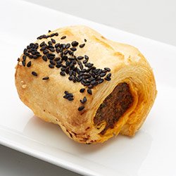 Harissa Lamb sausage rolls thumbnail