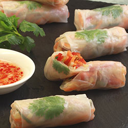 Vegetarian rice paper rolls with chilli lime thumbnail