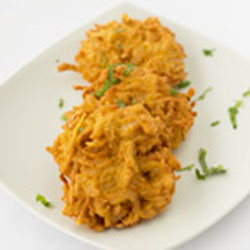 Onion and spinach bhaji thumbnail