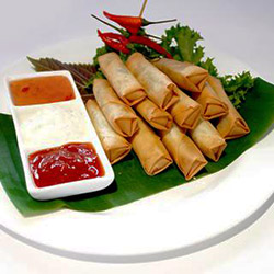 Cocktail spring rolls  thumbnail