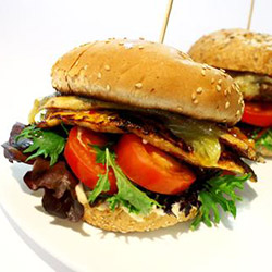 Deluxe chicken burger - large thumbnail