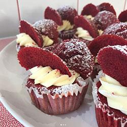 Red velvet cupcake thumbnail