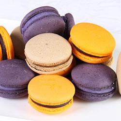 Mixed macarons - 4.5cm thumbnail