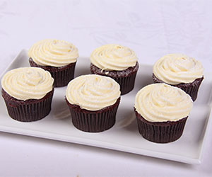 Red velvet cupcakes - cream cheese icing thumbnail