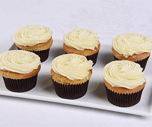 White chocolate mud cupcakes - white chocolate fudge icing thumbnail