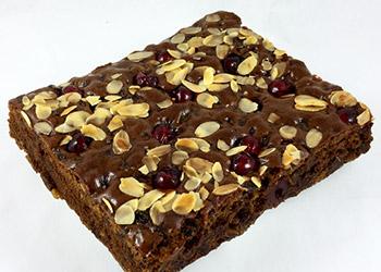 Fruit cake slab - serves 6 guests thumbnail