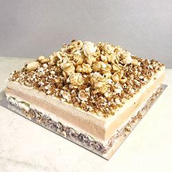 Caramel and butter popcorn cake thumbnail