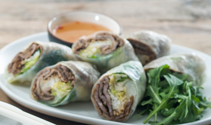 Pork and beef Vietnamese rice paper rolls thumbnail