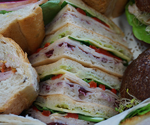 Triangle sandwiches thumbnail