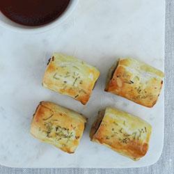 Juniper sausage rolls - mini thumbnail