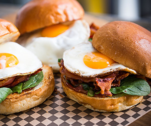 Bacon and egg on a milk bun thumbnail