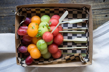 Fresh fruit skewer - mini thumbnail