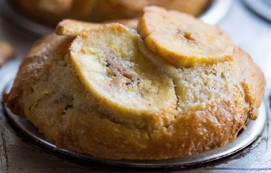 Seasonal fruit muffins thumbnail