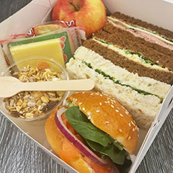 Deluxe lunch box thumbnail