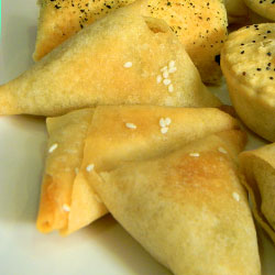 Spinach and ricotta triangles thumbnail