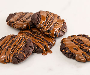 Pecan and double chocolate cookie thumbnail