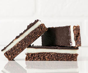 Peppermint cacao and coconut slice thumbnail