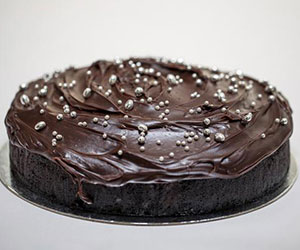 Double chocolate cake thumbnail