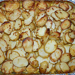Creamy potato bake tray thumbnail