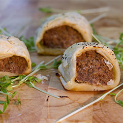Puff pastry sausage rolls thumbnail