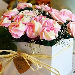 Pink Fantasia floral cupcake bouquet thumbnail