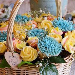 Springtime cupcake basket thumbnail