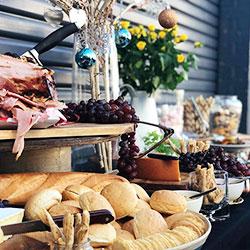 Traditional Christmas buffet thumbnail