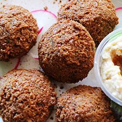 Falafel balls with tahini yoghurt thumbnail