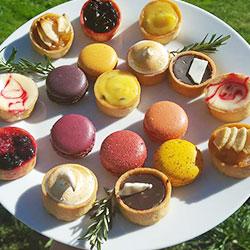 Petite four dessert platter thumbnail