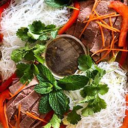 Sesame beef rice noodle box thumbnail