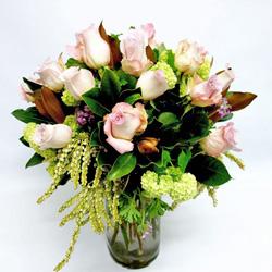 Rose arrangement in a vase thumbnail