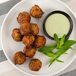 Kale and onion pakora thumbnail