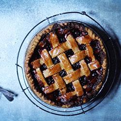 Sour cherry and cinnamon pie - 20 cm - serves 6 thumbnail