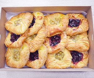 Fruit danish pastries thumbnail