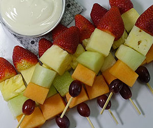Fruit skewers platter thumbnail