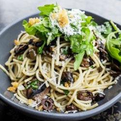 Spaghetti Puttanesca thumbnail