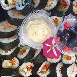 Sushi platter - serves 6 to 8 thumbnail