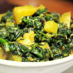 Aloo palak-potato spinach thumbnail