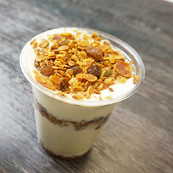 Yoghurt Cup and muesli with assorted toppings - 350  ml thumbnail