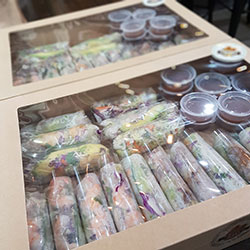 Box 2 - Goi Cuon - Rice paper rolls thumbnail