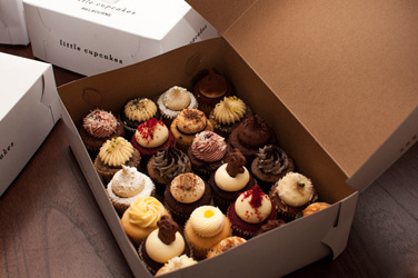Assorted mini cupcake box thumbnail