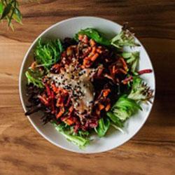 Balsamic beet salad thumbnail