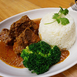 Beef Rendang with steamed rice thumbnail