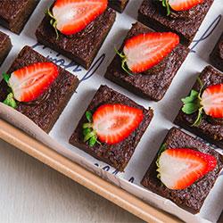 Cacao fudge brownie thumbnail